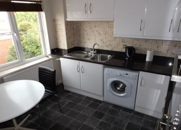 Thumbnail 2 bedroom flat to rent in Byron Road, Worthing