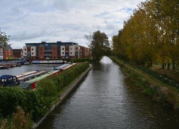 Thumbnail 4 bed property to rent in Provis Wharf, Aylesbury