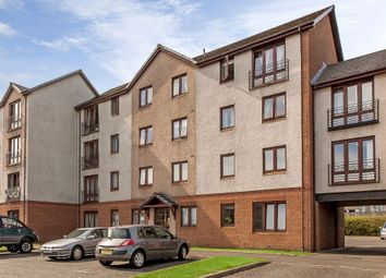 Thumbnail 3 bedroom flat for sale in 19/4 Hawkhill, Lochend