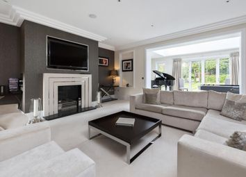 Thumbnail Detached house to rent in Walton-On-Thames, Surrey