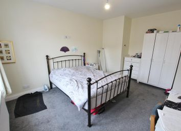 Thumbnail Room to rent in Queens Road, Parkstone, Poole