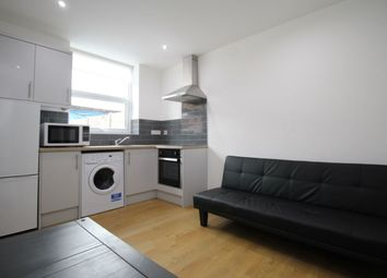 Thumbnail 1 bed flat to rent in E Victoria Street, Englefield Green, Egham