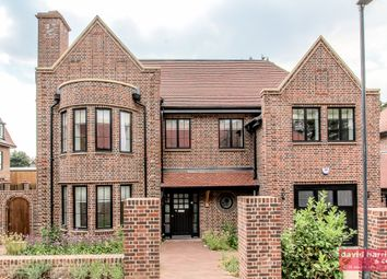Thumbnail 5 bed barn conversion to rent in Chandos Way, Wellgarth Road, London