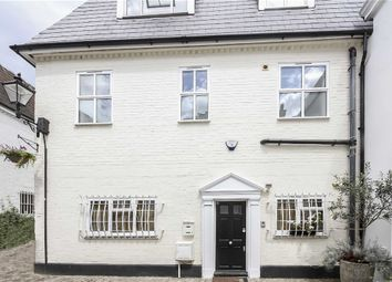Thumbnail 4 bedroom property to rent in Fulton Mews, London
