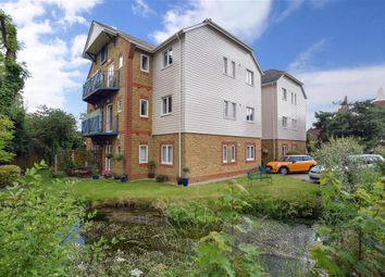 2 bed flat for sale in Mill Street, East Malling, West Malling, Kent ME19