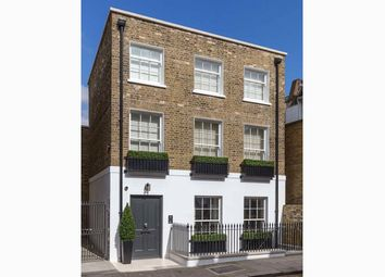 Thumbnail 4 bed property for sale in St Luke's Street, London