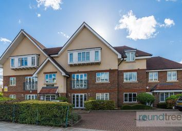 Christopher Court, 90 Great North Way, Hendon NW4. 2 bed flat for sale