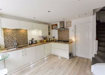Thumbnail 3 bed town house for sale in Shilling Close, Kingswood, Hull