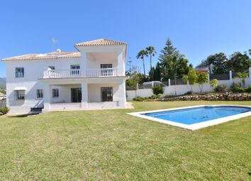 Thumbnail 4 bed villa for sale in Nueva Andalucia, Malaga, Spain