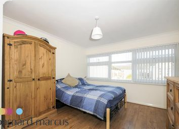 Thumbnail 2 bed flat to rent in Skelbrook Street, Earlsfield, London