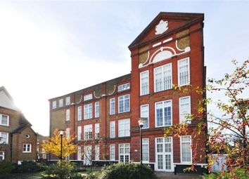 Thumbnail 2 bed flat for sale in Batchelor Street, London