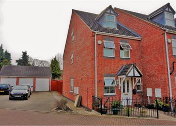Thumbnail 3 bed town house for sale in Sandford Road, Leicester