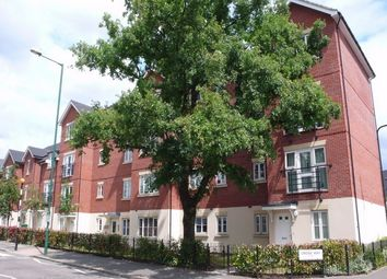 Thumbnail 2 bedroom flat to rent in Robson Avenue, Willesden, London