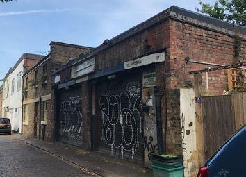 Thumbnail Parking/garage to rent in Camden Mews, London