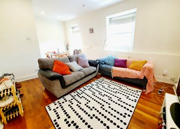 Thumbnail 2 bed flat to rent in Hillmarton Road, Islington