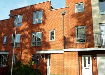 Thumbnail 4 bed town house to rent in Battle Square, Reading