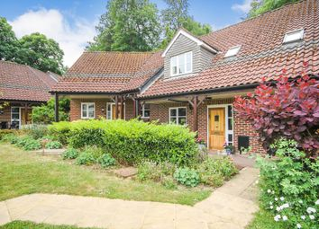 2 bed property for sale in Willicombe Park, Tunbridge Wells TN2