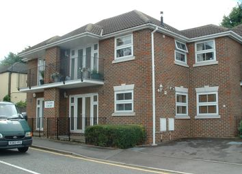 Thumbnail 2 bed flat to rent in Junction Road, Brentwood