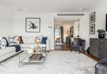 Thumbnail 3 bed town house to rent in Rainville Road, London
