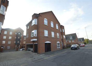Thumbnail 1 bed flat to rent in Hunters Wharf, Katesgrove Lane, Reading, Berkshire