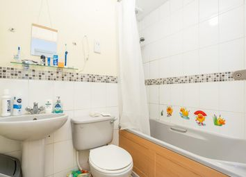 1 bed flat for sale in Foxes Close, Hertford SG13