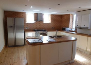 Thumbnail 7 bed flat to rent in 3A Dinsdale Place, Newcastle Upon Tyne