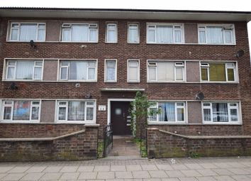 Thumbnail 2 bedroom flat for sale in Meadway Curt, Whalebone Lane South, Dagenham