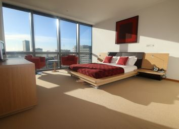 Thumbnail 2 bed flat to rent in West India Quay, Hertsmere Road