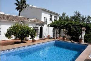 Thumbnail 6 bed villa for sale in Deseminada 29710, Periana, Malaga