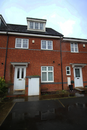 Thumbnail 3 bed town house for sale in Oakwood Grove, Radcliffe, Greater Manchester
