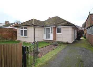 Thumbnail 3 bedroom bungalow to rent in Victoria Road, Mortimer Common