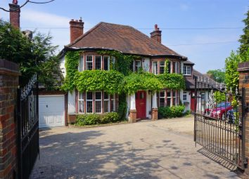 Thumbnail 7 bed detached house for sale in Walsworth Road, Hitchin