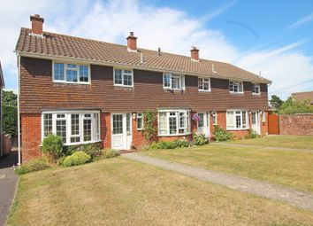 3 bed end terrace house for sale in Oaktree Court, Milford On Sea, Lymington SO41