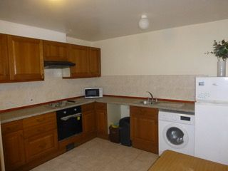 2 bed maisonette to rent in Holloway Road, London N19