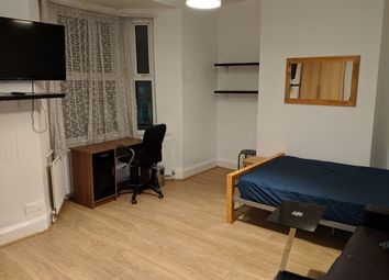 Thumbnail 6 bed shared accommodation to rent in Disreli Road, Stratford