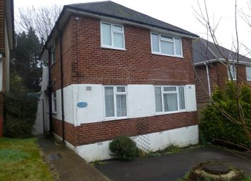 Thumbnail 2 bedroom maisonette to rent in Vale Drive, Southampton