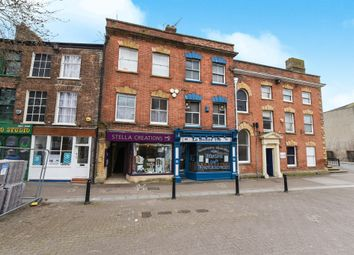 Thumbnail 6 bed flat for sale in High Street, Taunton
