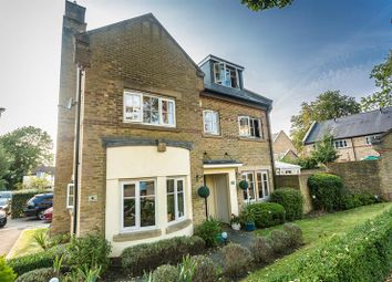 Thumbnail 4 bed detached house for sale in Grenadier Place, Caterham