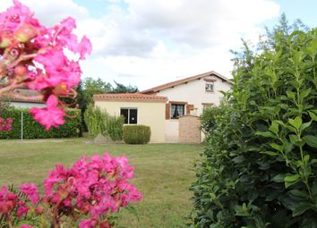 Thumbnail 4 bed detached house for sale in Midi-Pyrénées, Tarn-Et-Garonne, Montauban