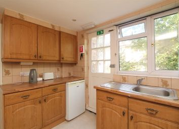 Thumbnail 4 bedroom terraced house to rent in Goldings Crescent, Hatfield