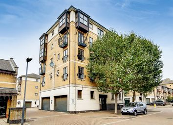 Parr House, London E16. 2 bed flat