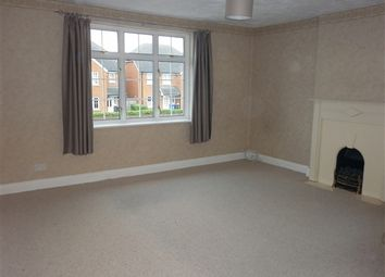 Thumbnail 2 bed flat to rent in Windsor Road, Maidenhead, Berkshire