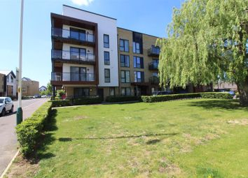 2 bed flat for sale in Ashflower Drive, Romford RM3
