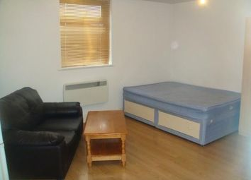 Thumbnail Studio to rent in High Road, Ilford