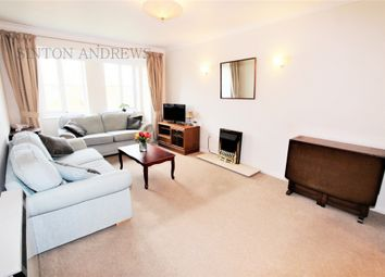 Thumbnail 1 bedroom flat to rent in Bampton Court, Blakesley Avenue, Ealing