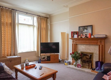 Thumbnail 1 bed flat to rent in Roman Grove, Roundhay, Leeds