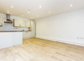 Thumbnail 2 bed flat to rent in Cambalt Road, London