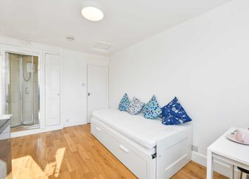 Thumbnail Studio to rent in Stile Hall Parade, Chiswick