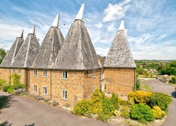Thumbnail 5 bed barn conversion for sale in Lower Road, East Farleigh, Maidstone