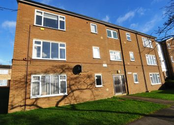 Thumbnail 1 bed flat to rent in Maylin Close, Hitchin